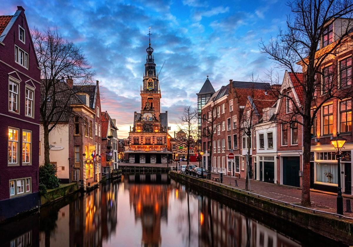 Пазл Собирать пазлы онлайн - Алкмар Нидерланды