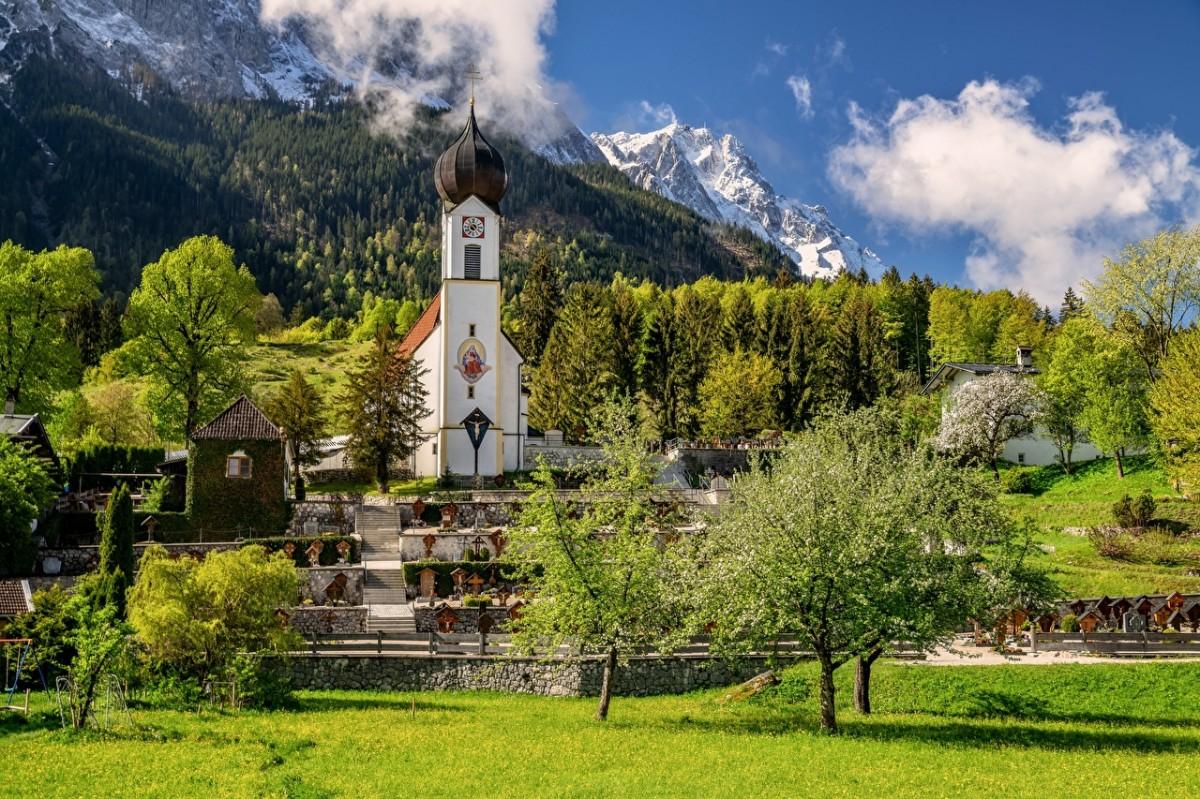 Пазл Собирать пазлы онлайн - Альпы в Баварии