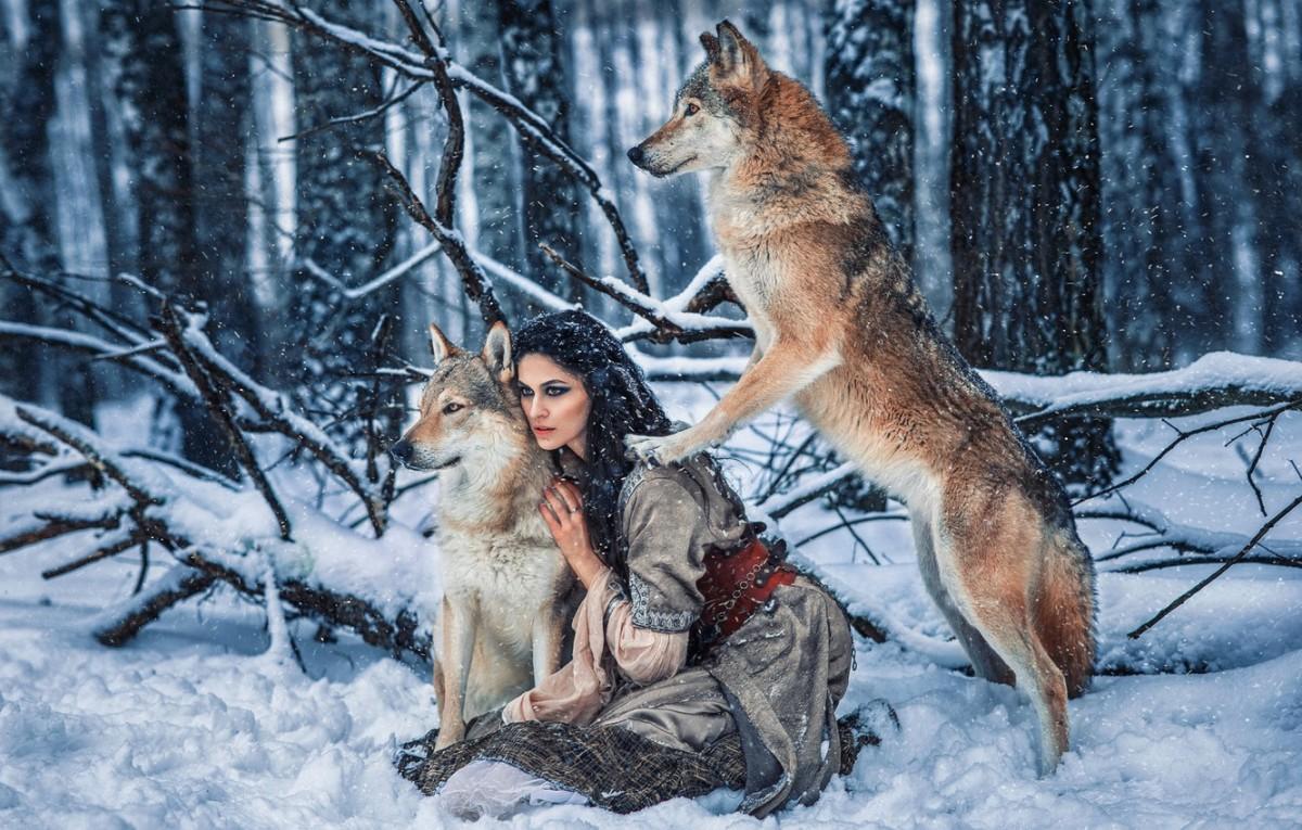 Пазл Собирать пазлы онлайн - Девушка с волками