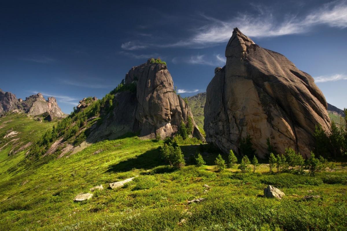 Пазл Собирать пазлы онлайн - Горы в Ергаки