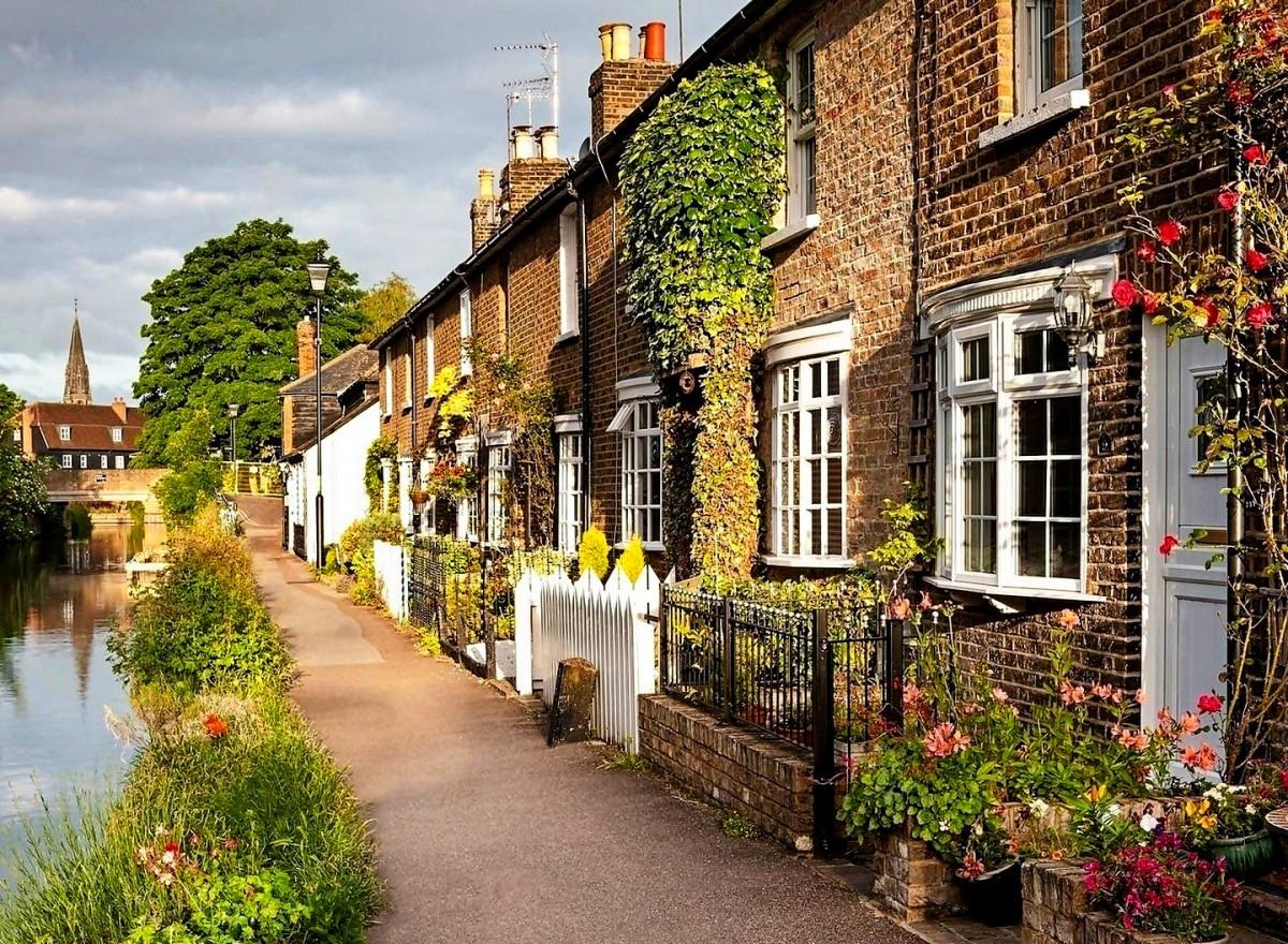 Пазл Собирать пазлы онлайн - Городок в Англии