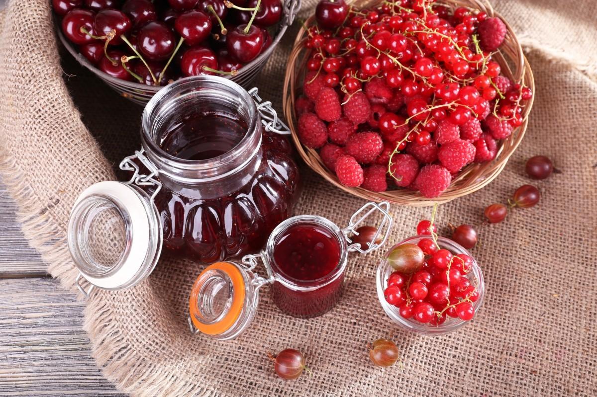 Пазл Собирать пазлы онлайн - Красные ягоды