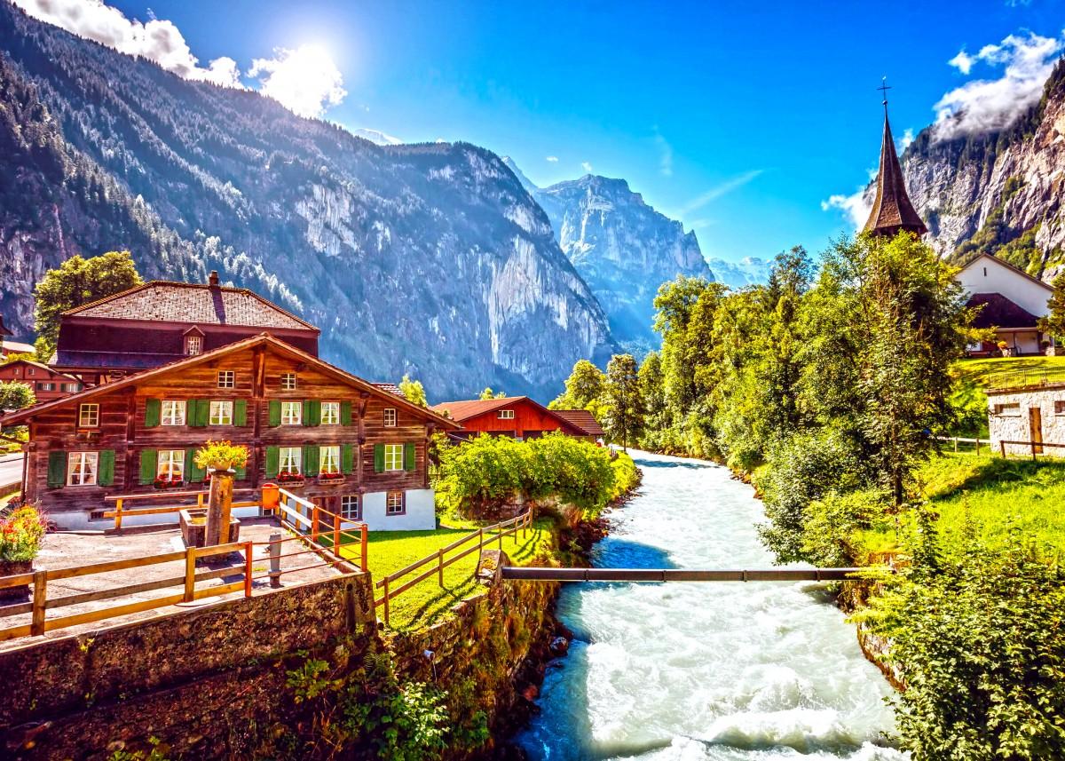 Пазл Собирать пазлы онлайн - Курорт в горах