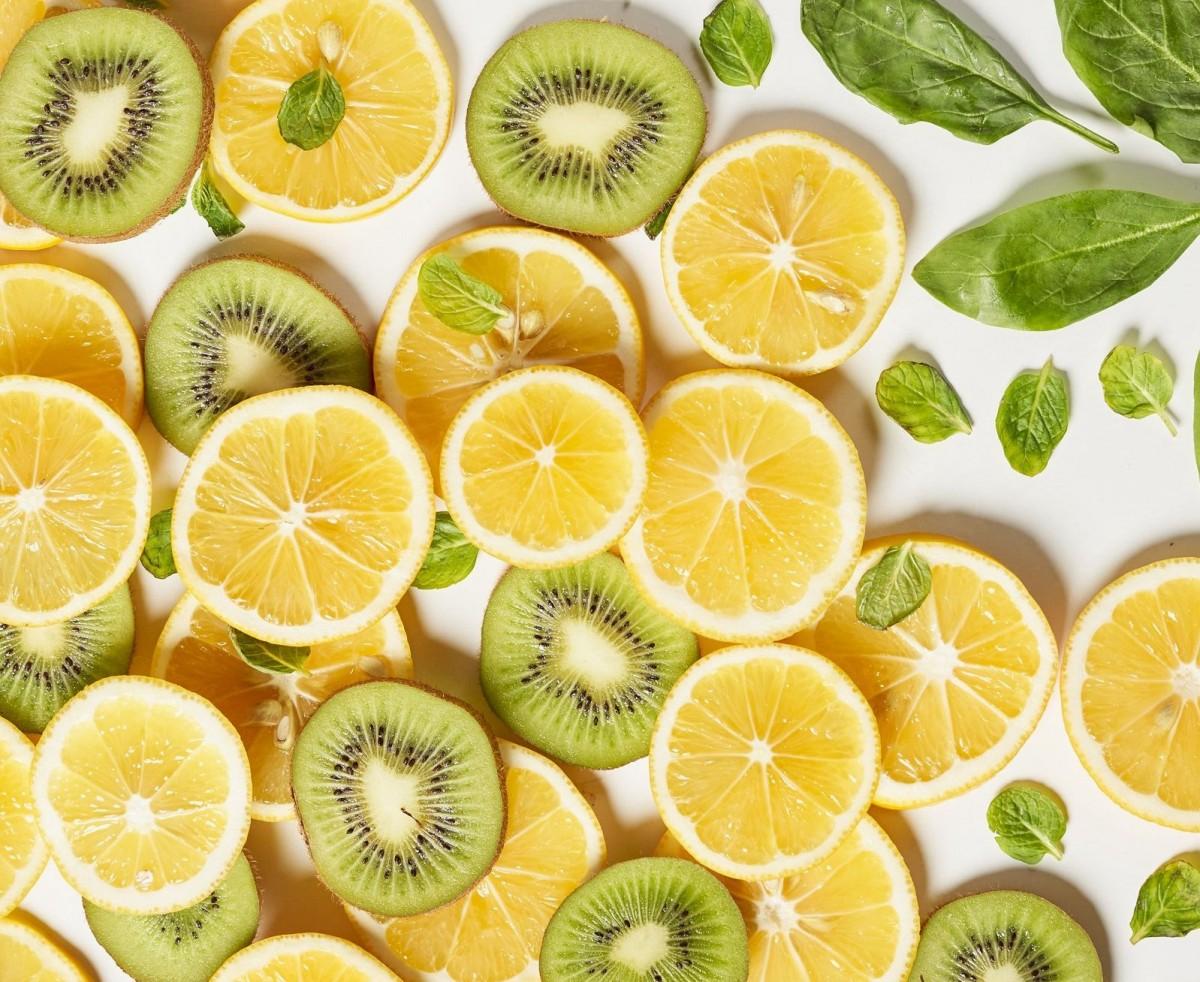 Пазл Собирать пазлы онлайн - Лимон и киви