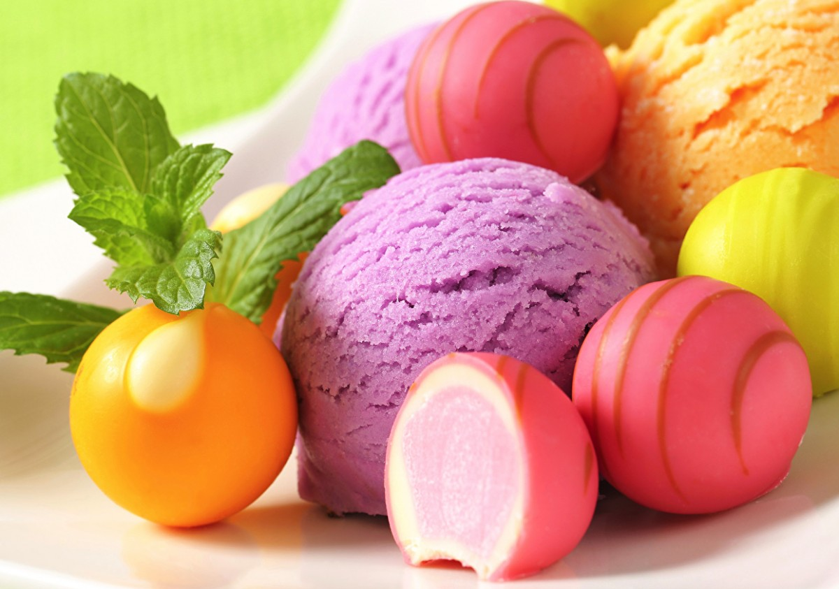 Пазл Собирать пазлы онлайн - Мороженое и конфеты
