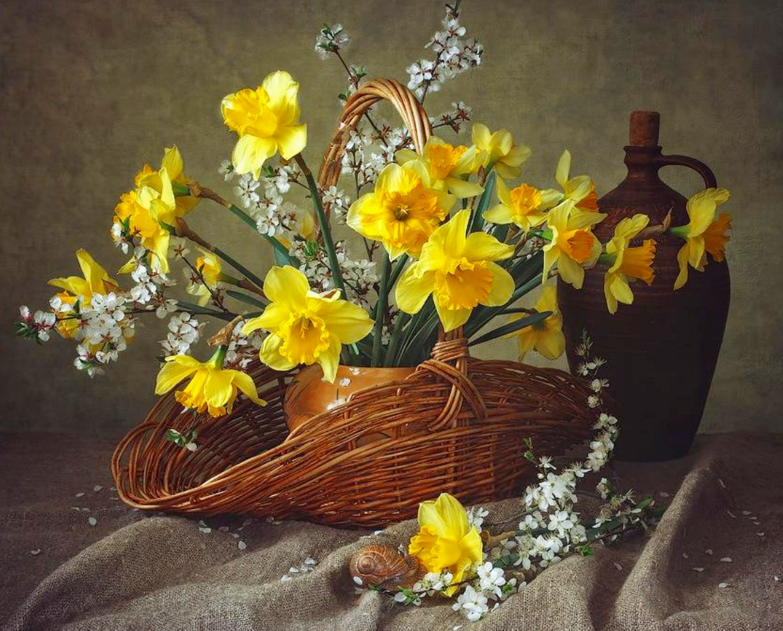 Пазл Собирать пазлы онлайн - Нарциссы и алыча