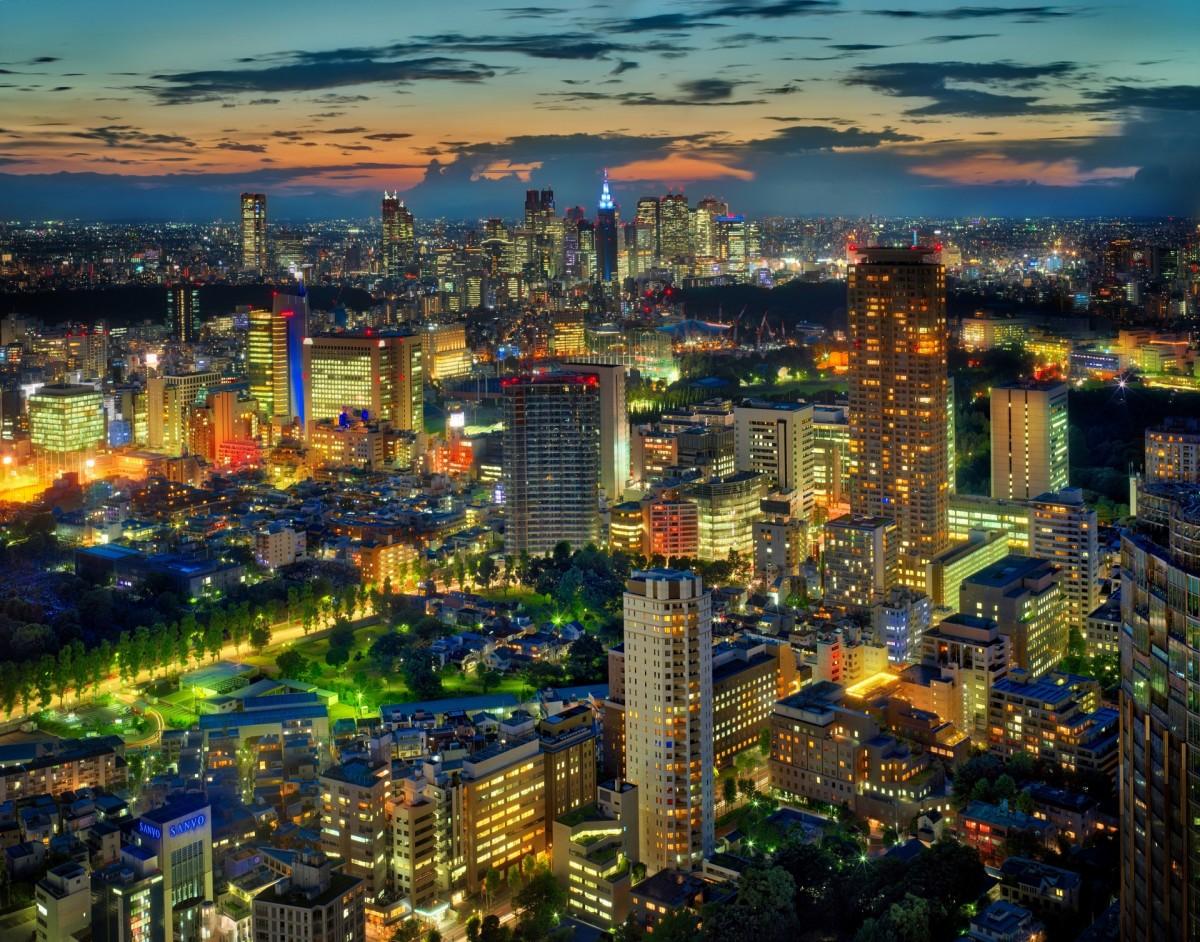 Пазл Собирать пазлы онлайн - Ночь в Токио