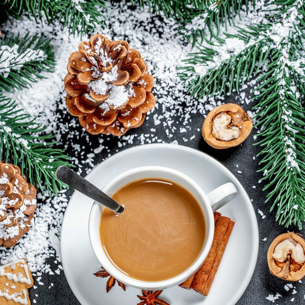 Пазл Собирать пазлы онлайн - Новогодний кофе