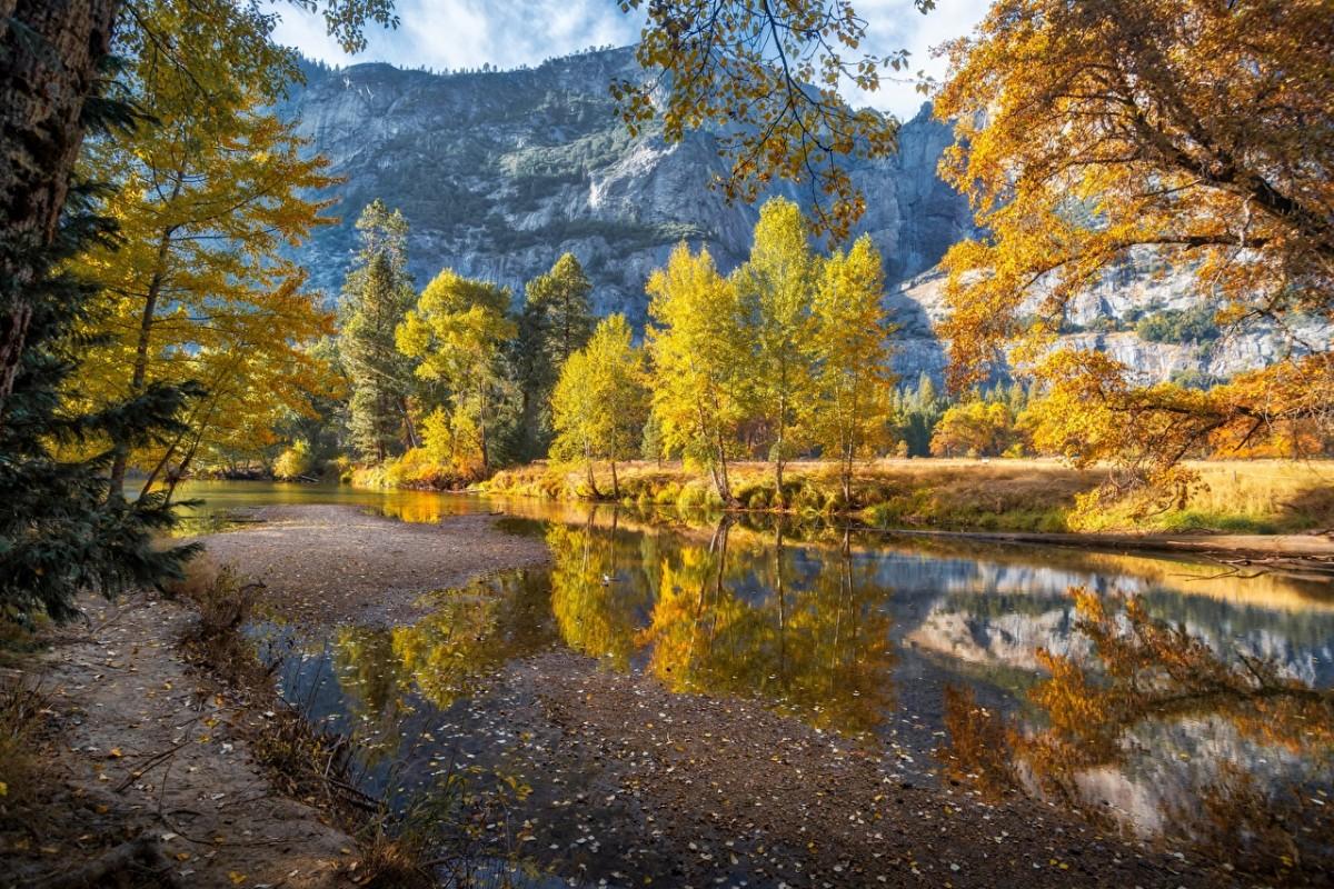Пазл Собирать пазлы онлайн - Осень в Йосемити