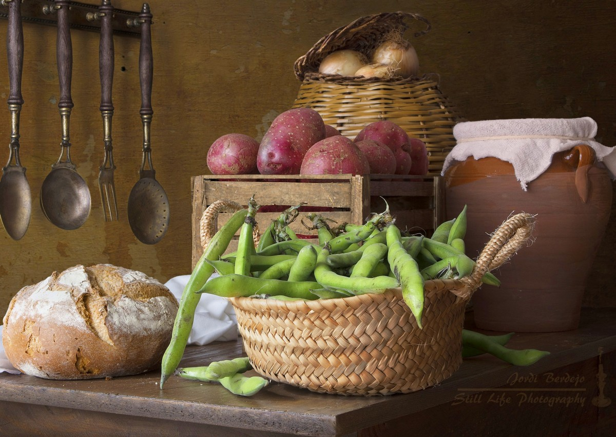 Пазл Собирать пазлы онлайн - Овощи и хлеб