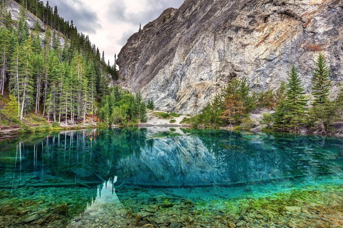 Пазл Собирать пазлы онлайн - Озеро в Канаде