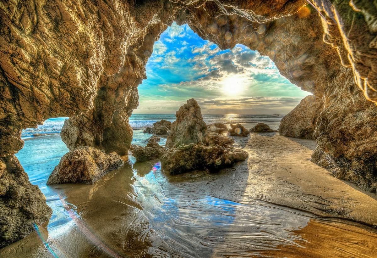 Пазл Собирать пазлы онлайн - Пещера в Калифорнии