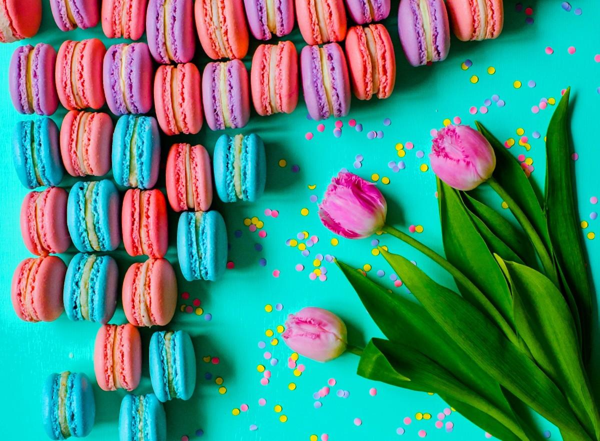 Пазл Собирать пазлы онлайн - Пончики с цветами