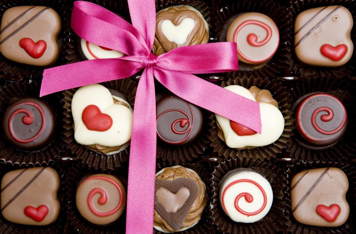 Пазл Собирать пазлы онлайн - Пятнадцать конфет