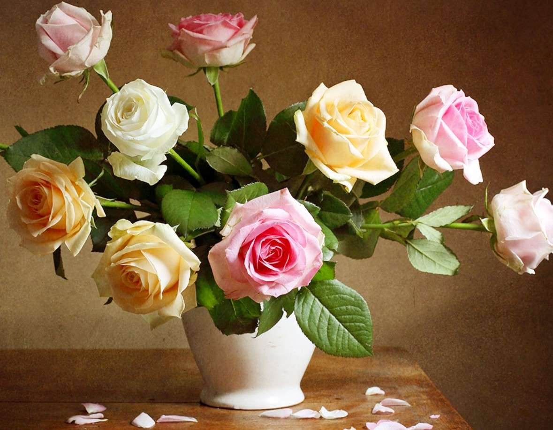 Пазл Собирать пазлы онлайн - Разноцветные розы