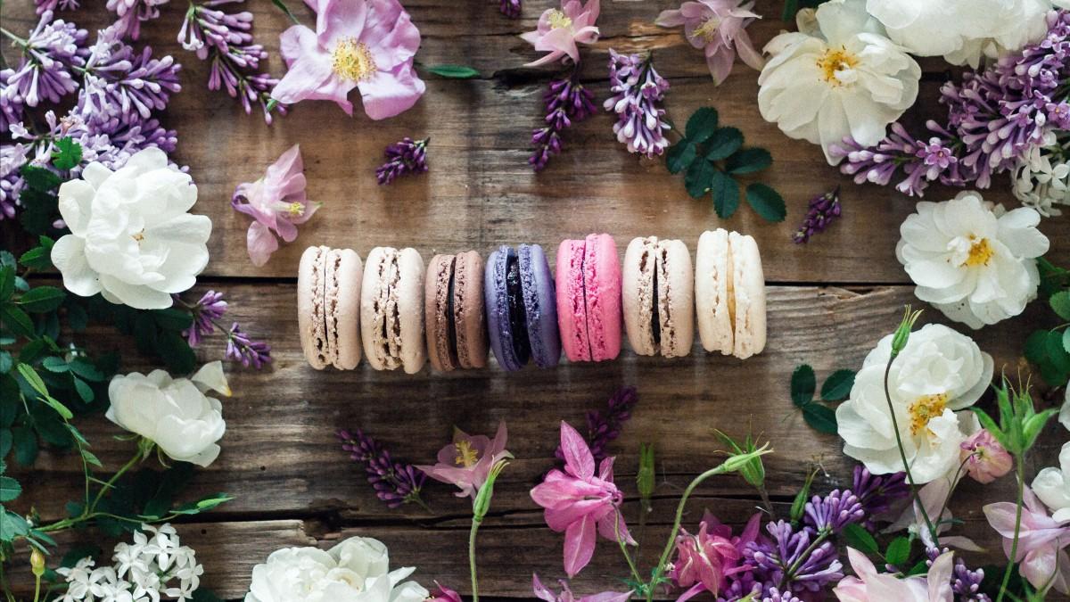Пазл Собирать пазлы онлайн - Разноцветный десерт