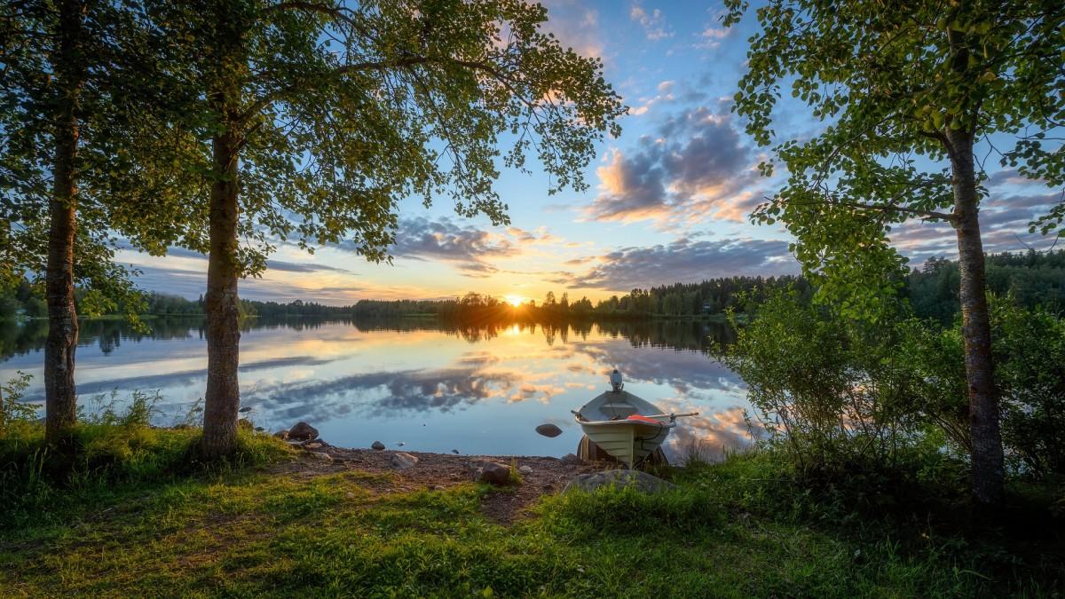 Пазл Собирать пазлы онлайн - Река в Финляндии