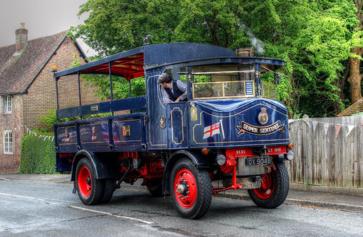 Пазл Собирать пазлы онлайн - Ретро-грузовик
