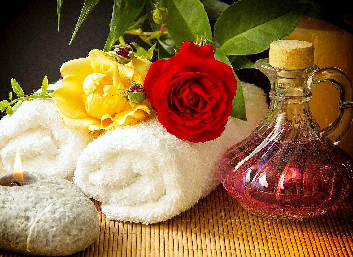 Пазл Собирать пазлы онлайн - Розы и свеча