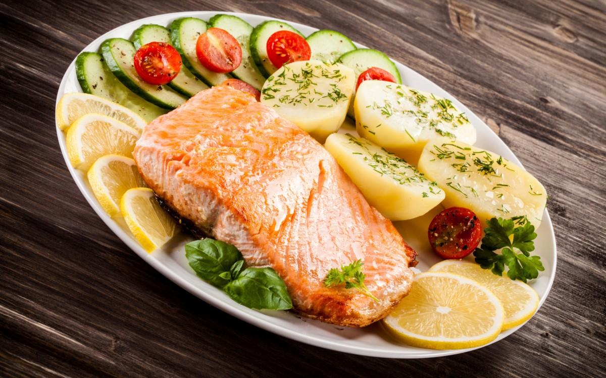 Пазл Собирать пазлы онлайн - Салат к рыбе