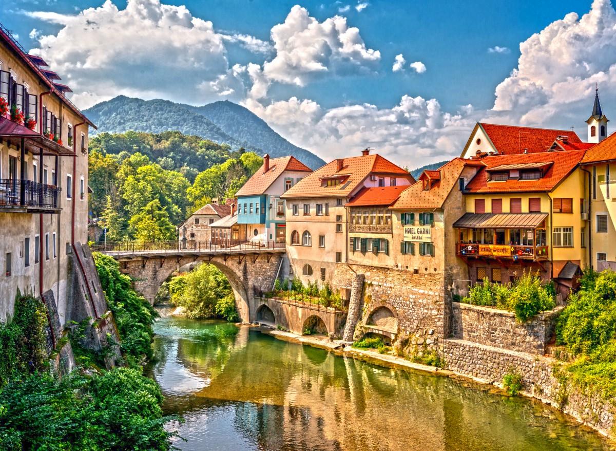Пазл Собирать пазлы онлайн - Сора Словения