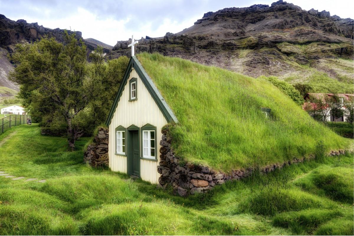 Пазл Собирать пазлы онлайн - Церковь в Исландии