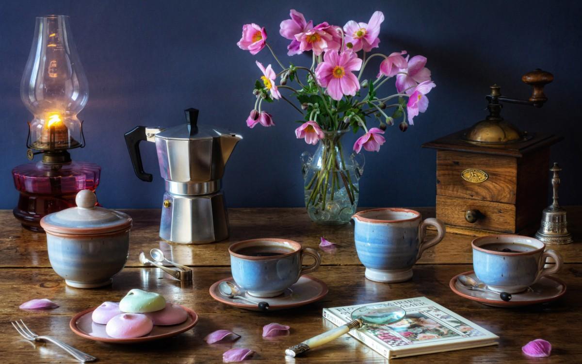 Пазл Собирать пазлы онлайн - Цветы и кофе