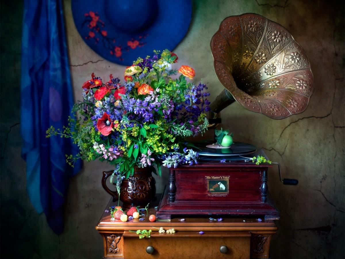 Пазл Собирать пазлы онлайн - Цветы и музыка