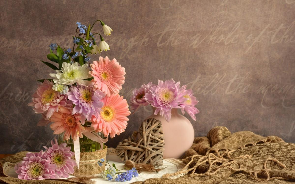 Пазл Собирать пазлы онлайн - Цветочный натюрморт