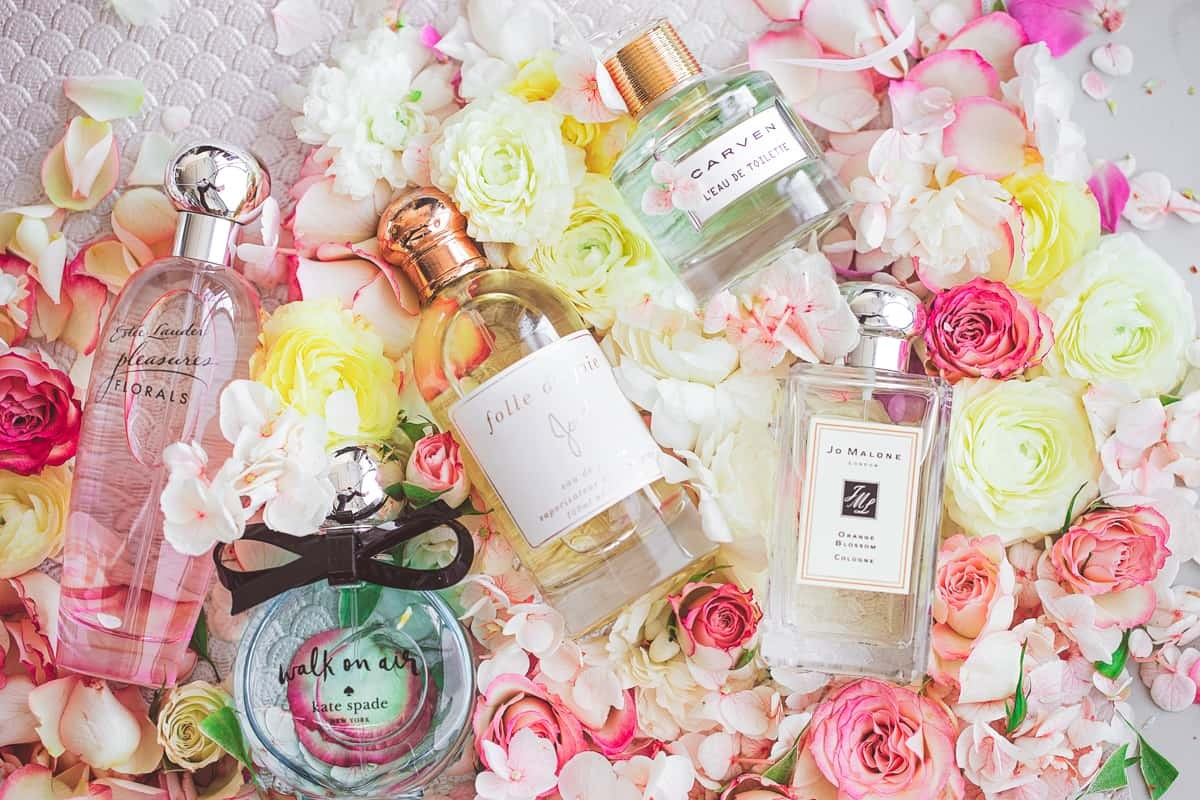Пазл Собирать пазлы онлайн - Цветочный парфюм