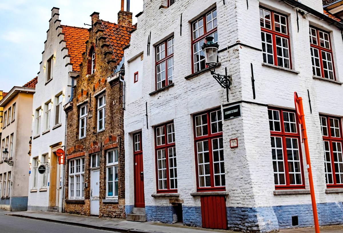 Пазл Собирать пазлы онлайн - Улица в Брюгге