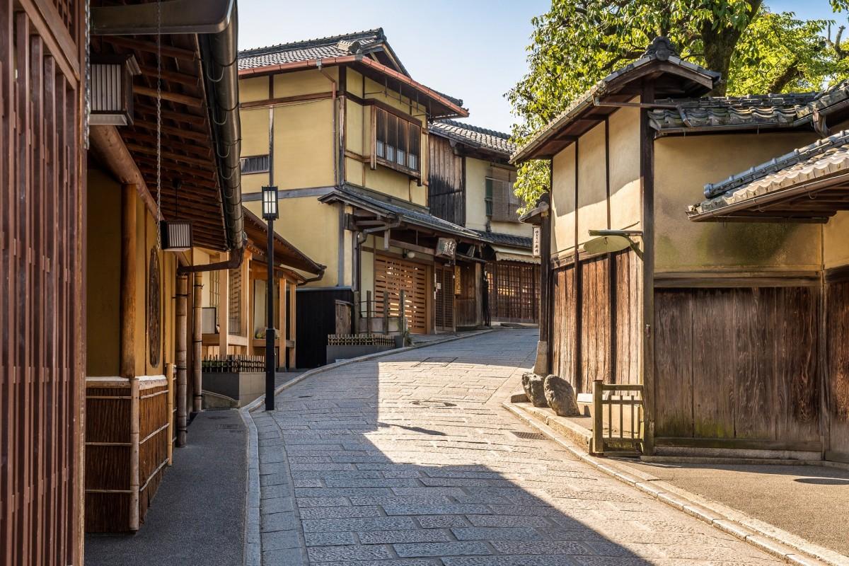 Пазл Собирать пазлы онлайн - Улица в Киото