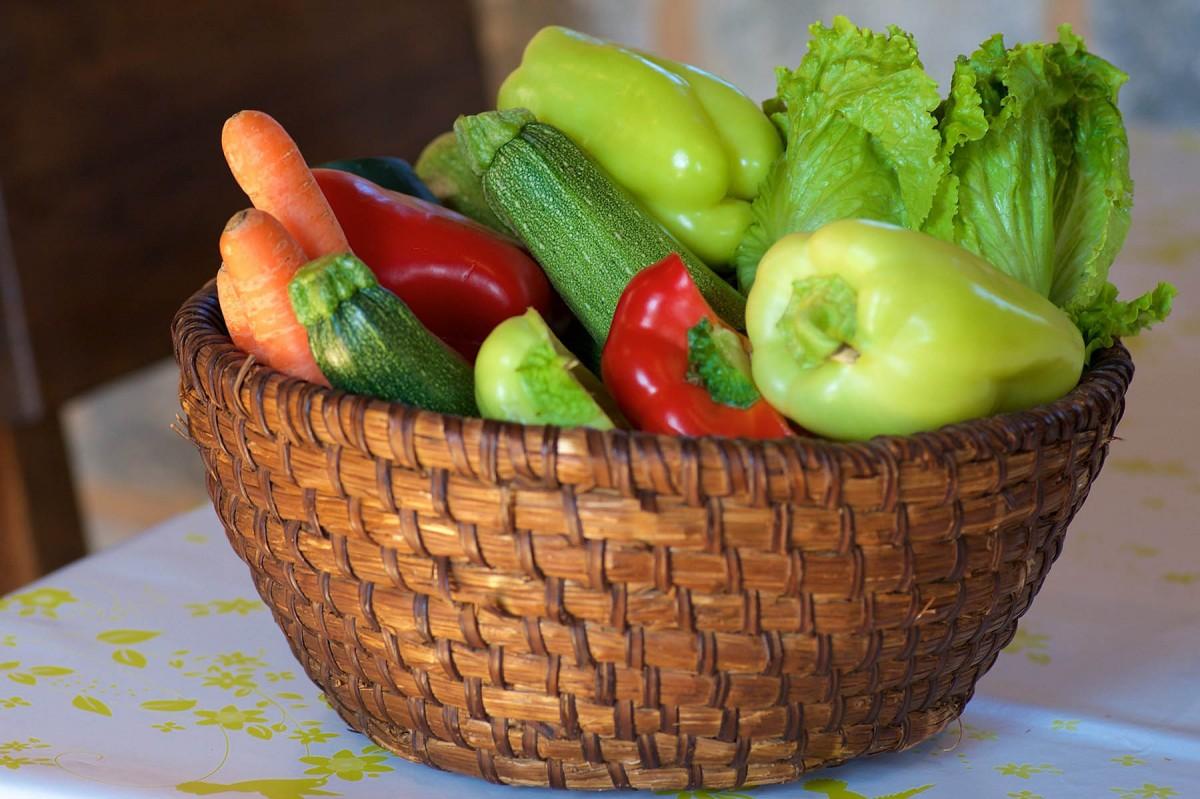 Пазл Собирать пазлы онлайн - Овощи в корзинке
