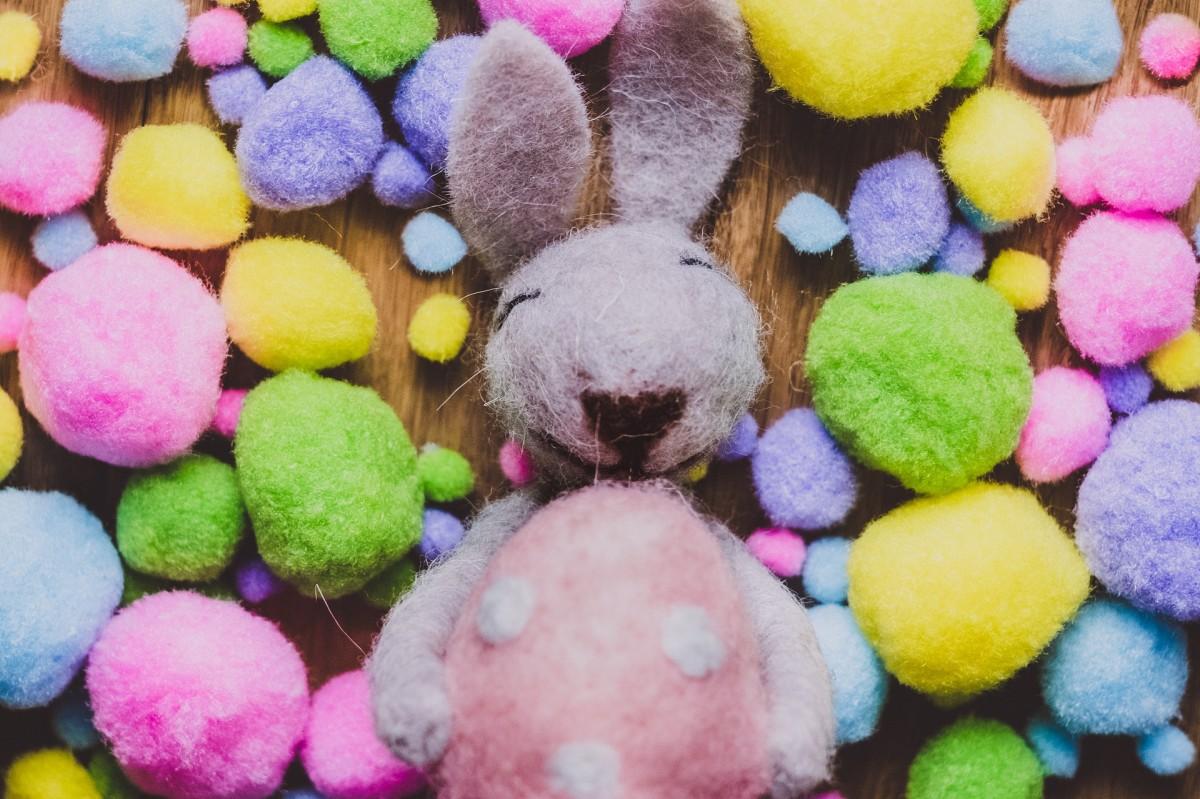 Пазл Собирать пазлы онлайн - Войлочный кролик