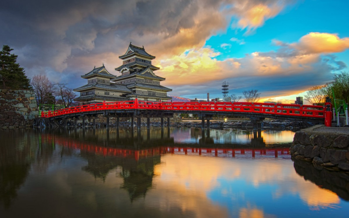 Пазл Собирать пазлы онлайн - Замок Мацумото