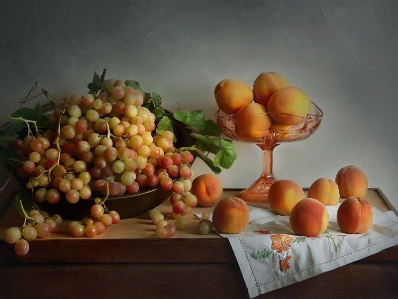Пазл Собирать пазлы онлайн - Абрикосы и виноград