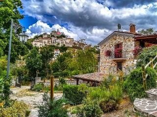 Собирать пазл Акуила Италия онлайн