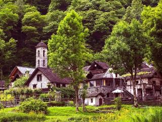 Собирать пазл Альпийская деревня онлайн