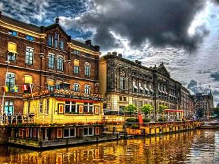 Собирать пазл Амстердам онлайн