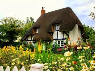 Собирать пазл Английский домик онлайн