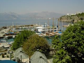 Собирать пазл Пристань в Анталии онлайн