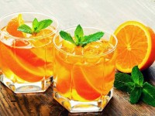 Собирать пазл Апельсиновый напиток онлайн