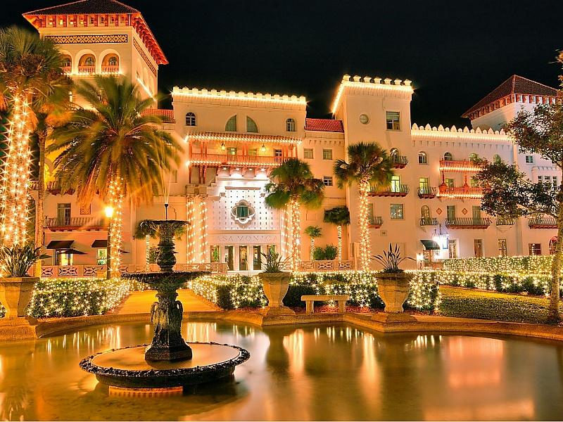 Пазл Собирать пазлы онлайн - Отель во Флориде