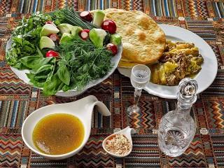 Собирать пазл Армянский суп хаш онлайн