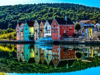 Собирать пазл Берген Норвегия онлайн