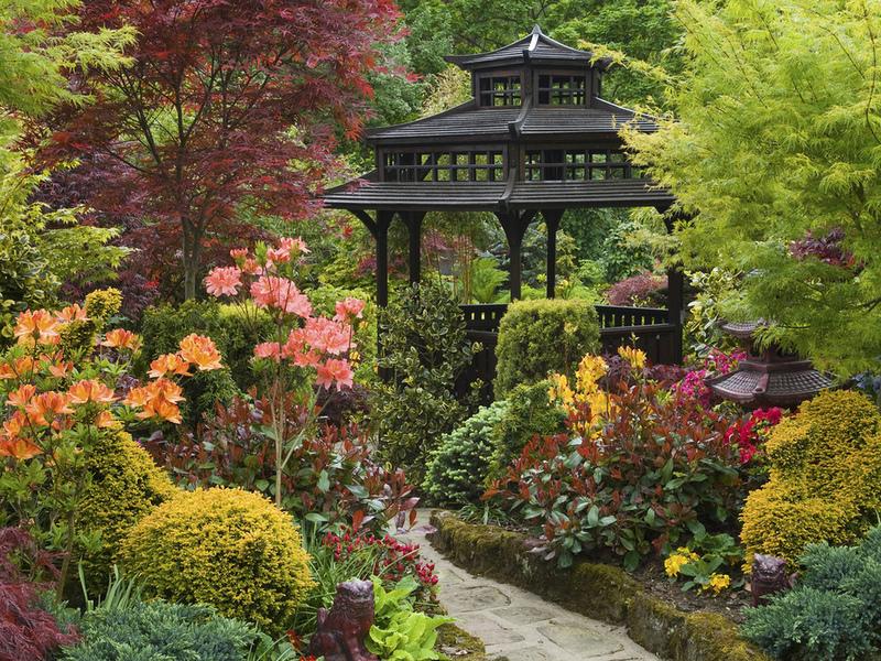 Пазл Собирать пазлы онлайн - Беседка в саду