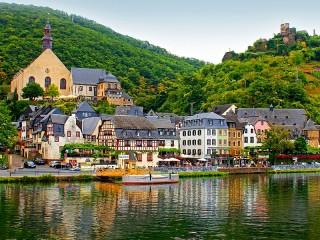 Собирать пазл Билштaйн Германия онлайн