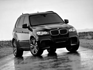 Собирать пазл BMW X5M онлайн