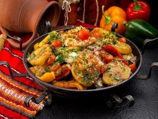 Собирать пазл Болгарское блюдо сач онлайн