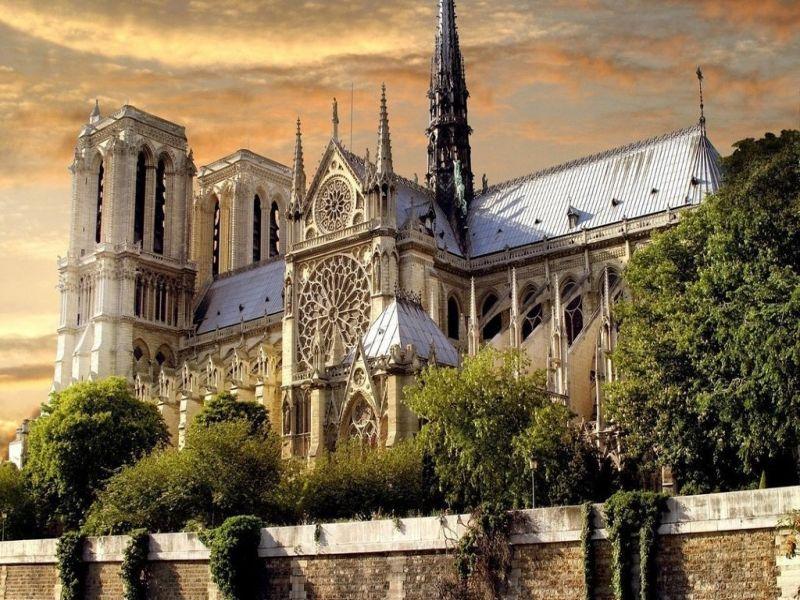 Пазл Собирать пазлы онлайн - Собор Парижской Богоматери